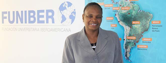 Delegata di FUNIBER nel Mali visita la sede spagnola della Fondazione